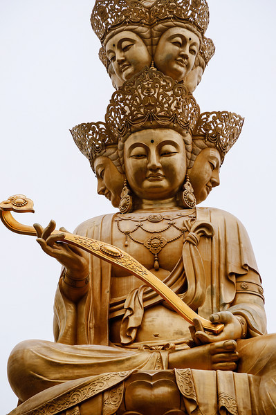 a photo of a Buddha at Emei Shan